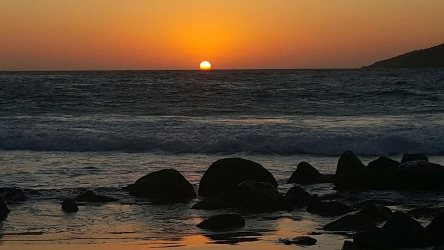 nascer do sol prainha arraial
