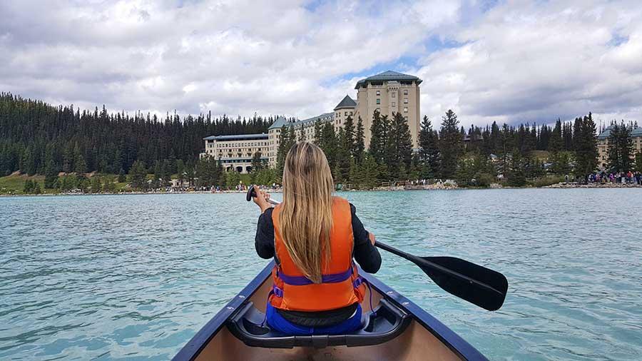 Passeio de Caiaque pelo Lake Louise