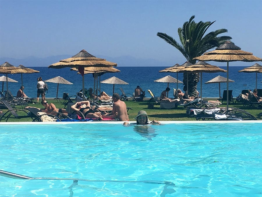 piscina hotel sentido ixian grand