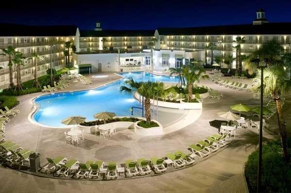 Hotel bom e barato em Orlando: Avanti Internacional Resort Near The Parks