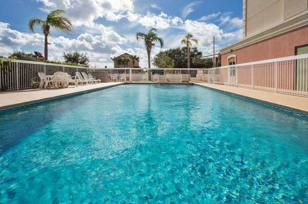 Hotel bom e barato em Orlando: Country Inn Suites by Radisson