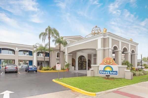 Hotel bom e barato em Orlando: Days Inn by Wyndham Orlando