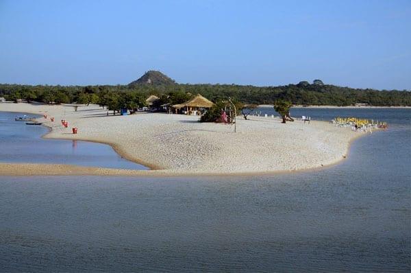 Praias para passar o ano novo: Alter do Chão, Pará.