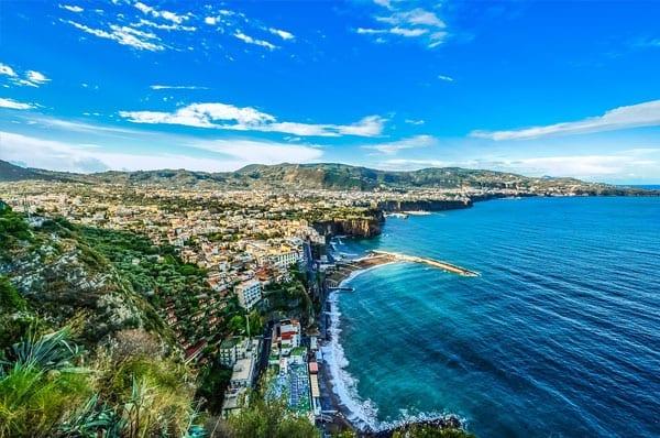 Praias da Europa: Amalfi, Costa Amalfitana, Itália.