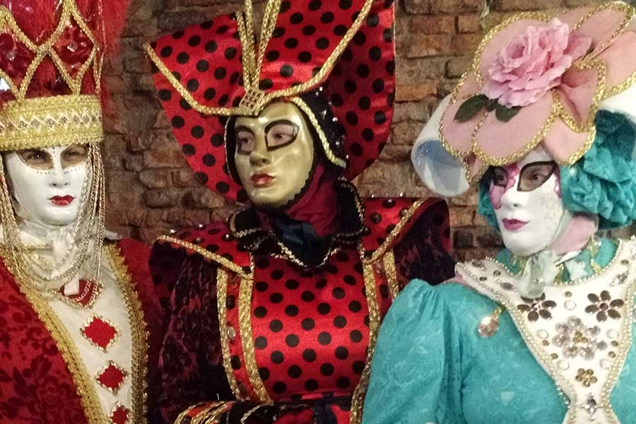 baile de mascaras carnaval veneziano