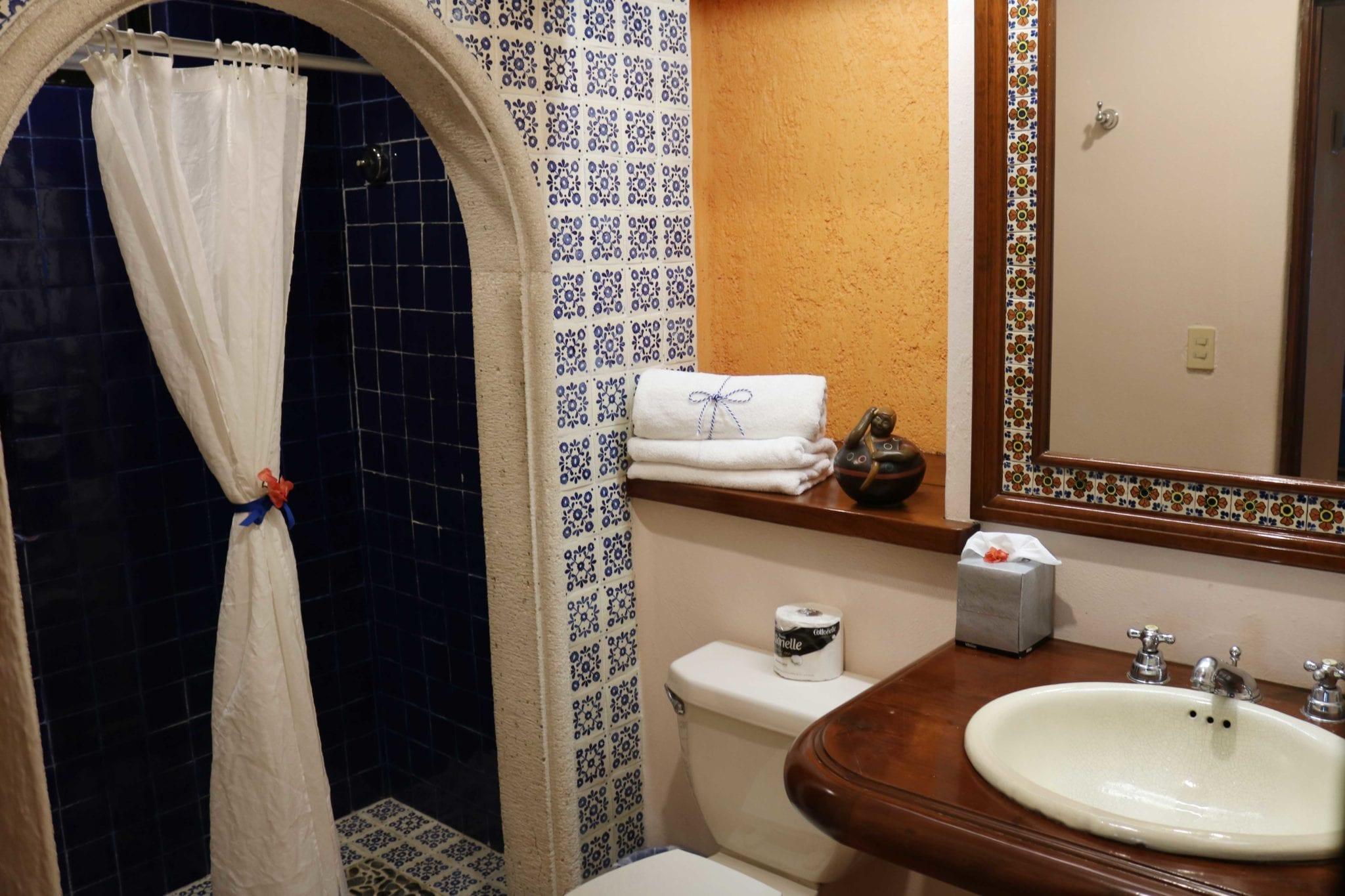 banheiro hotel lunata playa del carmen