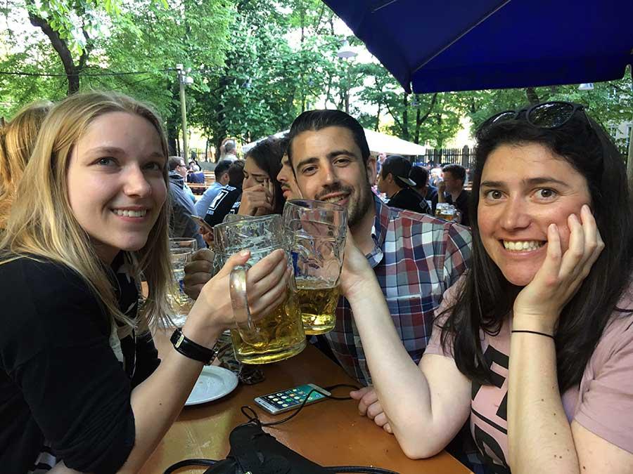 biergarten munique alemanha