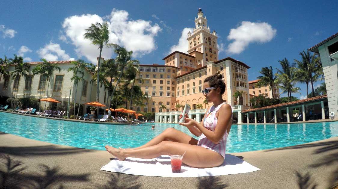 biltmore hotel piscina