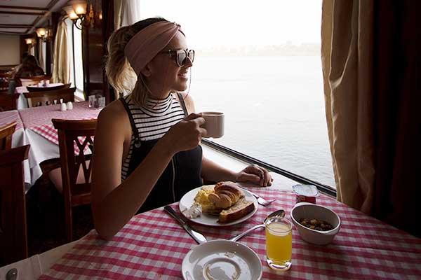 café da manhã cruzeiro nilo