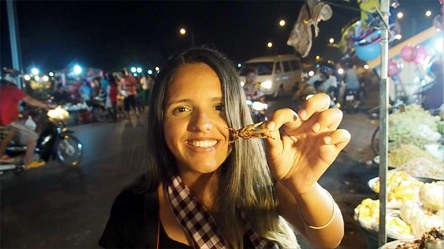 comer gafanhoto camboja