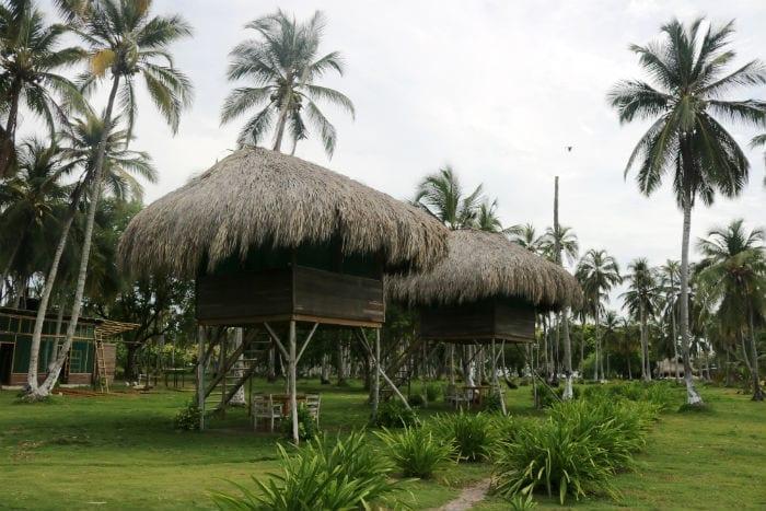 hostal isla mucura