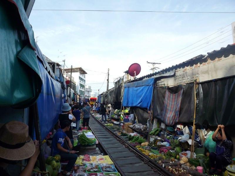 maeklong bangkok
