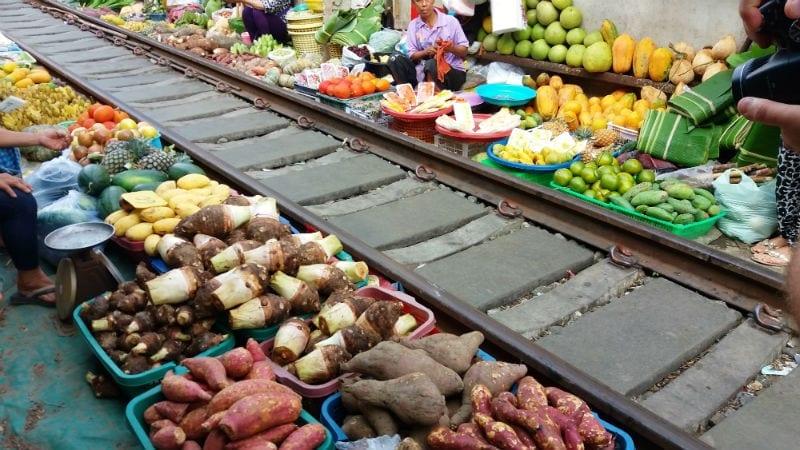 mercado do tem de maeklong