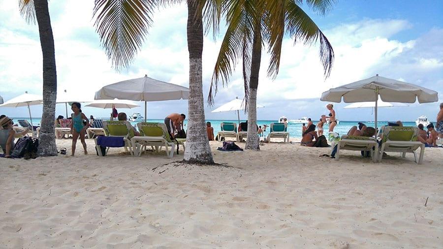playa norte cancun mexico