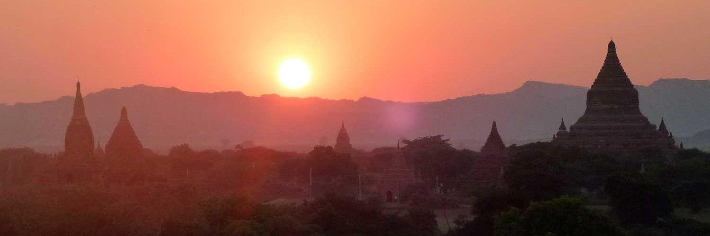 por do sol myanmar