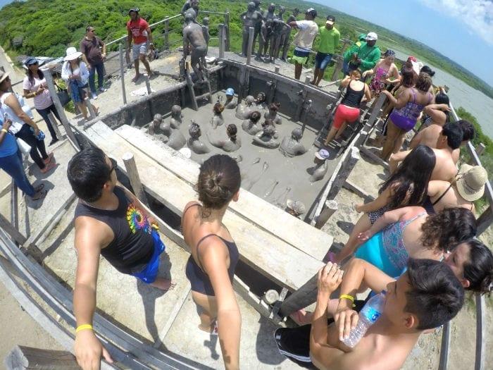 vulcao de lama el totumo cartagena